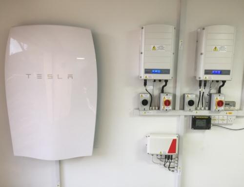 Instalações solares da Tesla caem 25% no primeiro trimestre
